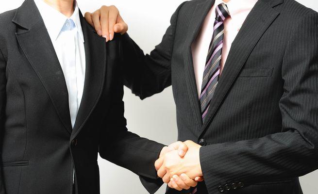 良いメンターになるには?新人の離職を防ぐメンタリングの役割