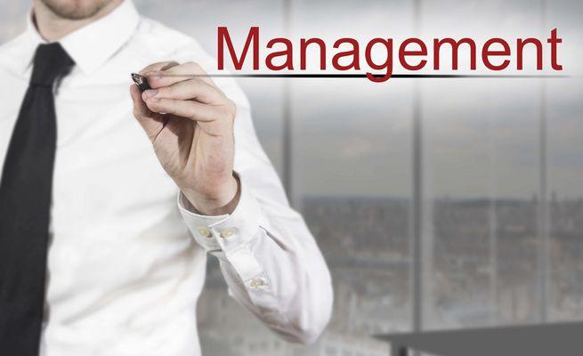 右手に算盤 左手に論語。経営者が身に付けるべき組織マネジメント能力とは